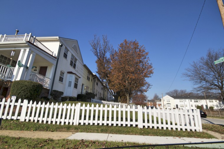 Private housing, nestled between public housing in Cherry Hill. (Kalani Gordon/Baltimore Sun)