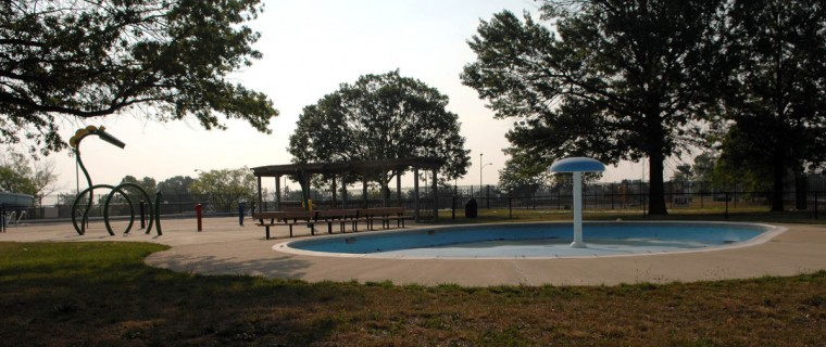 The Cherry Hill Splash Park was closed indefinitely because of a flooding problem on Aug. 8, 2007. (Baltimore Sun photo by Kim Hairston)