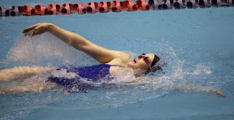 Missy Franklin swims during a practice session for the U.S. Winter Nationals swimming event Wednesday, Dec. 2, 2015, in Federal Way, Wash. The competition runs Thursday through Saturday. (AP Photo/Elaine Thompson)