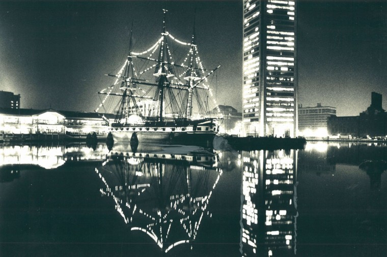The Harbor place, Constellation, World Trade Center Christmas garden. (Richard Childress/Baltimore Sun, 1980)