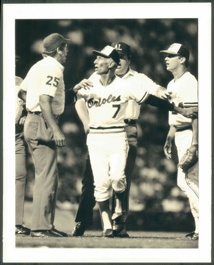 Cal Ripken Sr. comes out to the mound at Memorial Stadium on Aug. 11, 1987. (Baltimore Sun photo by Amy Davis)