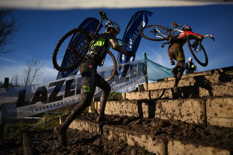 Riders compete in the Junior Men's Championship of the 2016 British Cycling National Cyclo-Cross Championships at Shrewsbury Sports Village on January 10, 2016 in Shrewsbury, Central England. (OLI SCARFF/AFP/Getty Images)