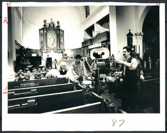 "The crew for Barry Levinson's ""Diner"" prepares to film a scene at St. David's Episcopal Church in Roland Park on March 18, 1981. (Baltimore Sun photo by Weyman Swagger)"