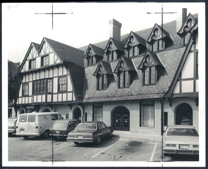 The Roland Park Shopping Center is pictured on Dec. 11, 1976. (Baltimore Sun photo by Carl D. Harris)