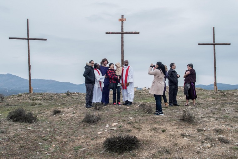 Residents of Hiendelaenciana pose after performing during the reenactment of Christ's suffering on March 25, 2016 in Hiendelaencina, Spain. The 140 village's residents celebrate every year on Good Friday a reenactment of Christ's suffering before being nailed to the cross Hiendelaencina's inhabitants use their own funds to make the stages and wardrobe. Spain celebrates holy week before Easter with processions in most Spanish towns and villages. (Photo by David Ramos/Getty Images)