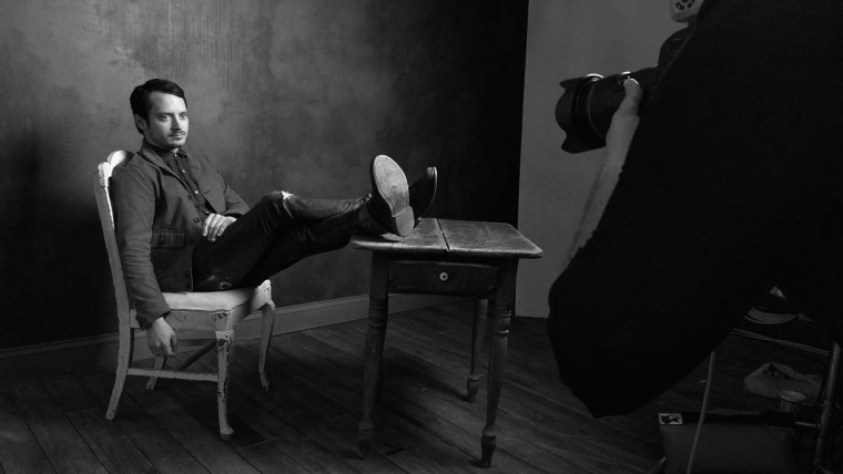Actor Elijah Wood of 'The Trust' is seen behind the scenes in the Getty Images SXSW Portrait Studio powered by Samsung on March 13, 2016 in Austin, Texas. (Dave Mangels/Getty Images for Samsung)