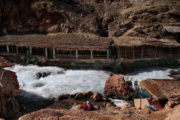 Amazigh women wash laundry by the Oum Rabia water springs, in KhÈnifra, Morocco. Indomitable and proud, they call themselves the Amazigh, which is believed to mean ìfree peopleî or ìnoble men,î and trace their origins as an indigenous people in western North Africa to at least 10,000 B.C. (AP Photo/Mosa'ab Elshamy)