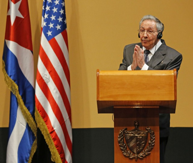 Cuban President Raul Castro delivers a statement alongside U.S. President Barack Obama at the Palacio de la Revolucion in Havana, Cuba, on Monday, March 21, 2016. (Al Diaz/Miami Herald/TNS)