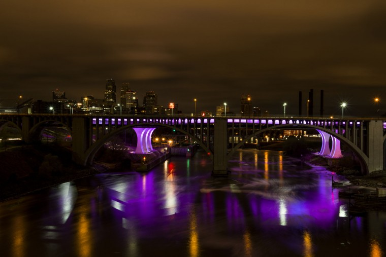 The 35W bridge lit in purple to commemorate the life of Prince on April 22, 2016 in Minneapolis, Minnesota. Prince died yesterday at his Paisley Park compound at the age of 57. (Photo by Stephen Maturen/Getty Images)