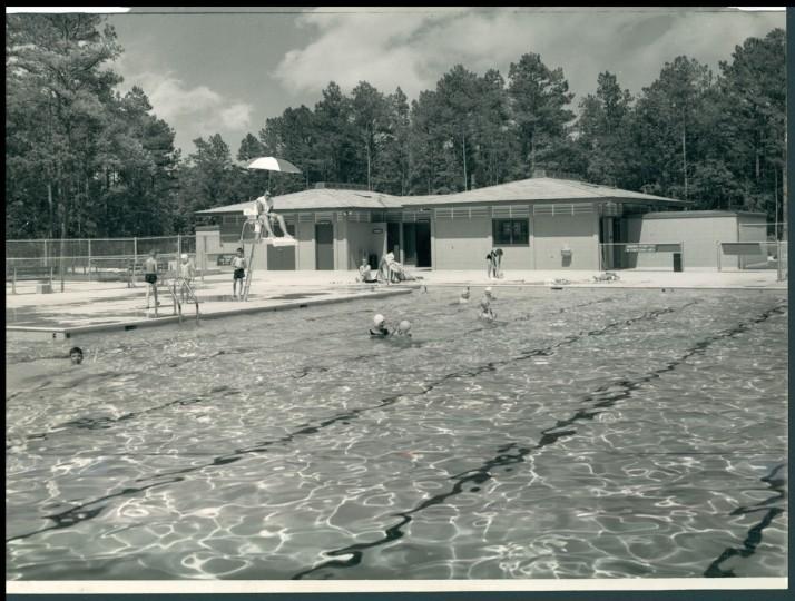 Shad Landing swimming pool, July 19,1964. (Bodine/Baltimore Sun)