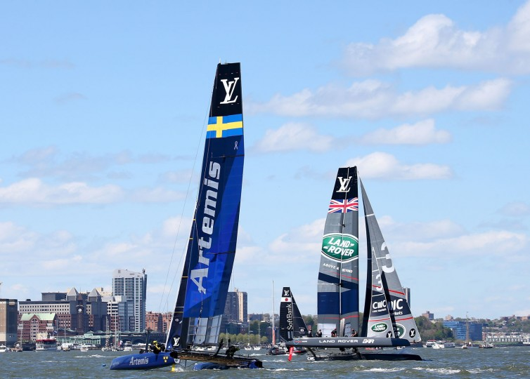 Artemis Racing and Land Rover Bar compete during Day 2 of the Louis Vuitton America's Cup World Series Racing on May 8, 2016 on the Hudson River in New York City. Teams from six nations are competing for points that go toward the America's Cup final in Bermuda in 2017. (Photo by Elsa/Getty Images)