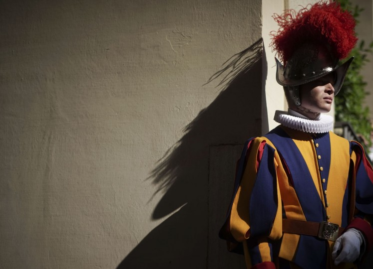 Swiss guards arrive for the swearing in ceremony at the Vatican, Friday, May, 6, 2016. The ceremony is held each May 6 after a commemoration for the 147 Swiss Guards who died protecting Pope Clement VII during the 1527 Sack of Rome carried out by the mutinous troops of Charles V, Holy Roman Emperor. (AP Photo/Andrew Medichini)
