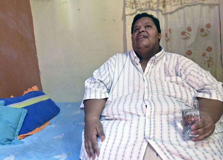 Oscar Vasquez Morales remains at his room at home on March 19, 2016, in Palmira, Colombia. (LUIS ROBAYO/AFP/Getty Images)