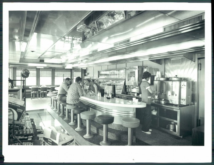 Double T Diner on Pulaski Highway, 1981. (Baltimore Sun)