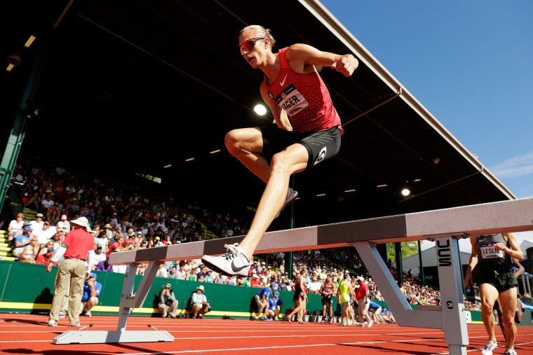 Evan Jager competes in the Men's 3000 Meter Steeplechase during the 2016 U.S. Olympic Track & Field Team Trials at Hayward Field on July 4, 2016 in Eugene, Oregon. (Photo by Andy Lyons/Getty Images)