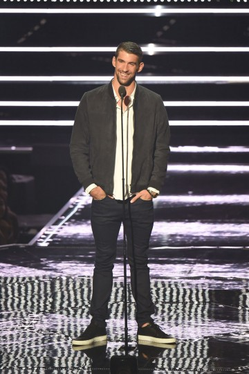Michael Phelps presents onstage during the 2016 MTV Video Music Awards at Madison Square Garden on August 28, 2016 in New York City. (Photo by Michael Loccisano/Getty Images)