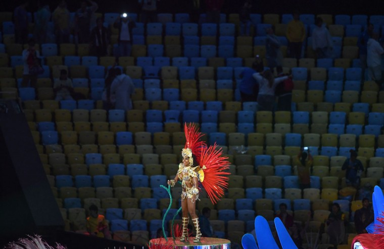 A dancer performs during the closing ceremony of the Rio 2016 Olympic Games at the Maracana stadium in Rio de Janeiro on August 21, 2016. (AFP PHOTO / Greg BAKER)