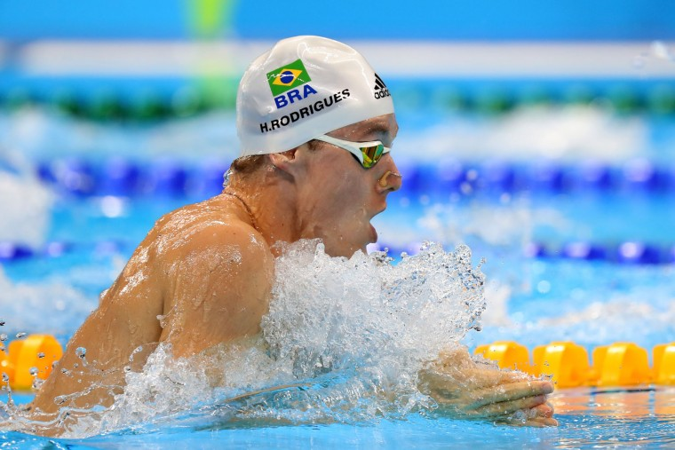 Henrique Rodrigues of Brazil competes in the first Semifinal of the Men's 200m Individual Medley on Day 5 of the Rio 2016 Olympic Games at the Olympic Aquatics Stadium on August 10, 2016 in Rio de Janeiro, Brazil. (Photo by Tom Pennington/Getty Images)