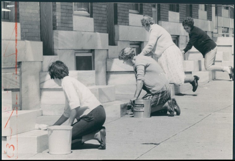 """""""A Friday Afternoon In East Baltimore"""" Left to Right: Mrs. Joyce Dunningan, Mrs. Carrie Dent, Mrs. Hilda Schwamb, Mrs. Robert Bailey. 700 S. Linwood Avenue. (Diaola/Baltimore Sun)"""