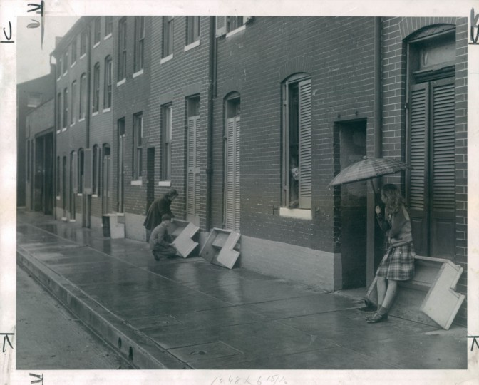 """October 19, 1947: Residents of Fountain Street took to """"turning their steps up"""" to avoid having steps sullied by neighborhood children after cleaning. (Bodine/Baltimore Sun)"""