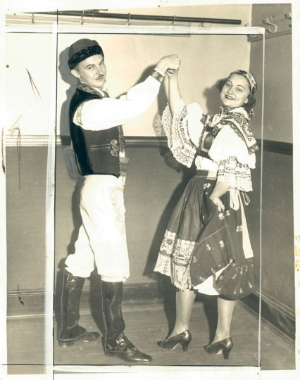 Czechoslovakian dancing, photo dated October 29, 1935. (Baltimore Sun Archives)