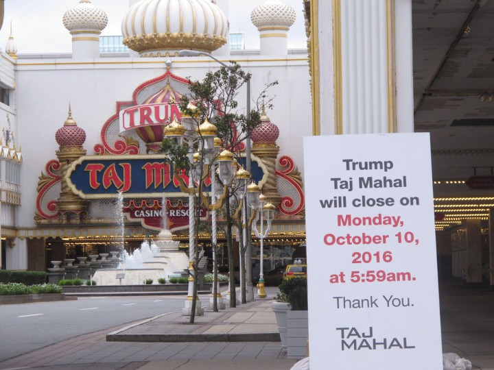 In this Wednesday, Oct. 5, 2016 photo, a sign outside the Trump Taj Mahal casino in Atlantic City N.J., warning that the casino is to shut down on Monday Oct. 10. It will be the fifth Atlantic City casino to go out of business since 2014, leaving seven casinos still open. (AP Photo/Wayne Parry)