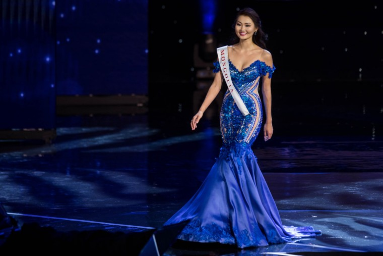 Miss Mongolia Bayartsetseg Altangerel is pictured during the Grand Final of the Miss World 2016 pageant at the MGM National Harbor December 18, 2016 in Oxon Hill, Maryland. (AFP PHOTO / ZACH GIBSON)