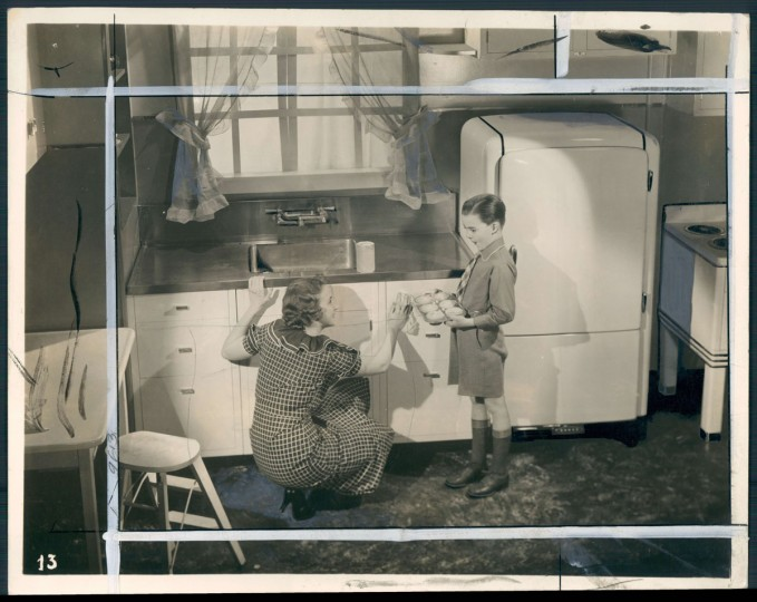 """It was common for 20th century sinks in Baltimore to be made of zinc -- and it became the shorthand for """"sink."""" Photo dated 1936. (Baltimore Sun)"""