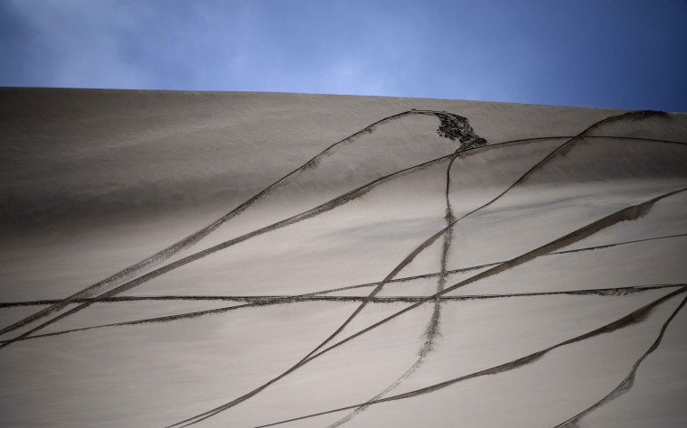This picture taken on on January 5, 2017 shows trails on the sand during the Stage 4 of the Dakar 2017 between San Salvador de Jujuy and Tupiza, Bolivia. (Franck Fife/AFP/Getty Images)