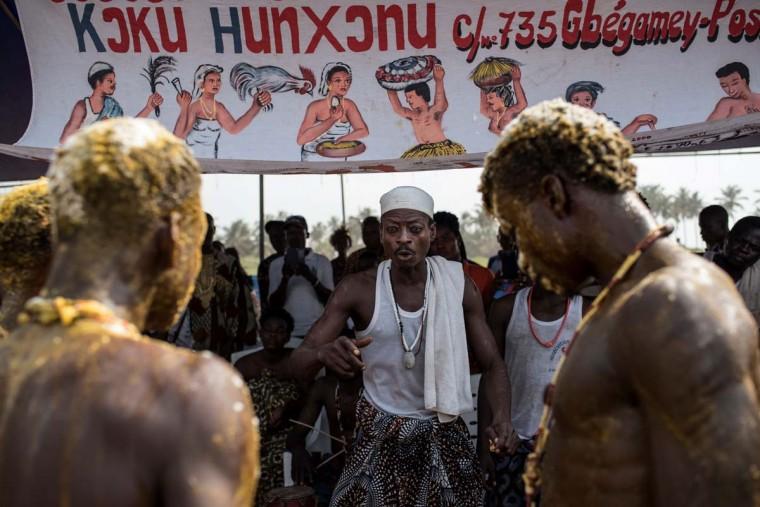 A Voodoo priest gestures at the annual Voodoo Festival on January 10, 2017 in Ouidah. (STEFAN HEUNIS/AFP/Getty Images)