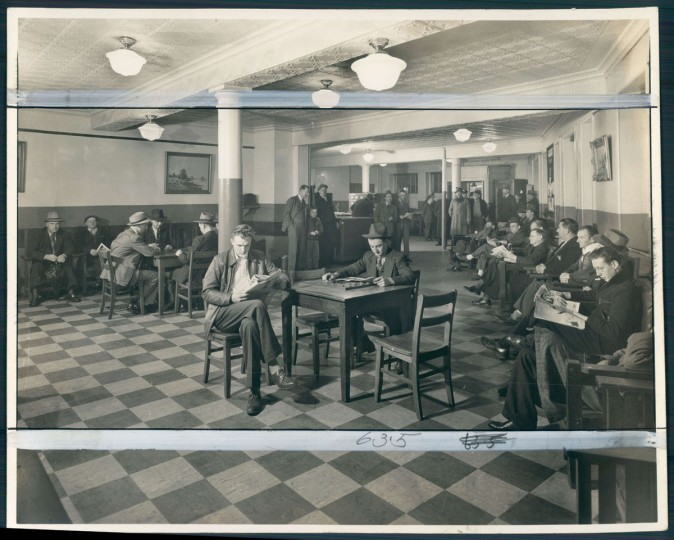 The Christian Port Mission opened the Anchorage in the late 19th century as a place where sailors could get a decent room at a decent price. Photo dated 1942. (Baltimore Sun)