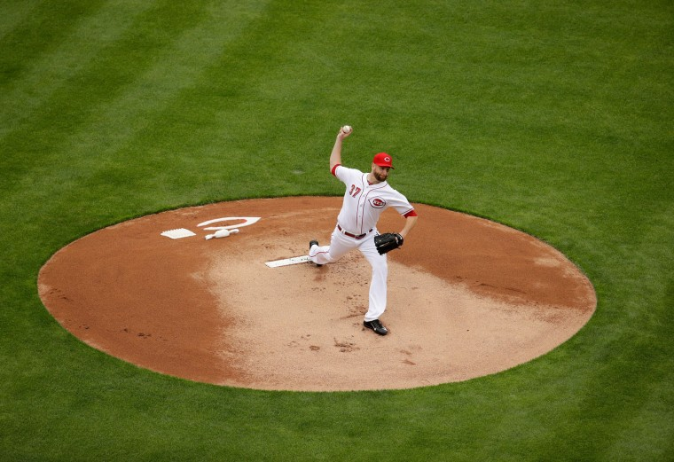 Scott Feldman #37 of the Cincinnati Reds throws the first pitch of the game against the Philadelphia Phillies on Opening Day for both teams at Great American Ball Park on April 3, 2017 in Cincinnati, Ohio. (Photo by Andy Lyons/Getty Images)
