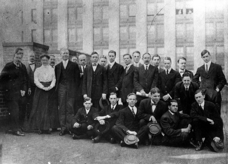 Sun Staff are pictured on the roof of the Sun Building at Baltimore and Charles in 1907.