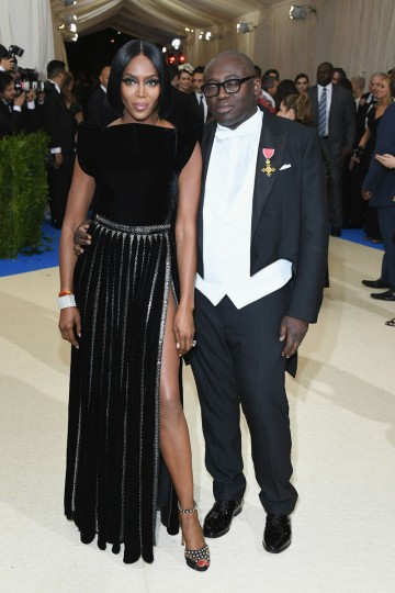 """NEW YORK, NY - MAY 01: Naomi Campbell (L) and Edward Enninful attend the """"Rei Kawakubo/Comme des Garcons: Art Of The In-Between"""" Costume Institute Gala at Metropolitan Museum of Art on May 1, 2017 in New York City. (Photo by Dia Dipasupil/Getty Images For Entertainment Weekly)"""