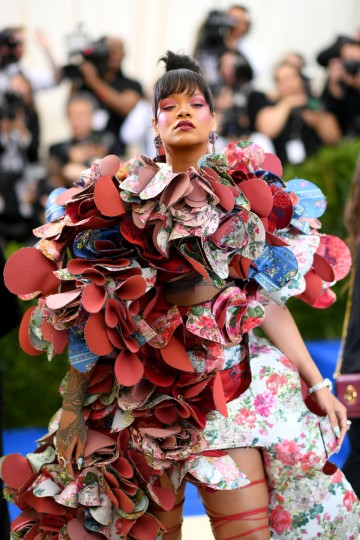 """NEW YORK, NY - MAY 01: Rihanna attends the """"Rei Kawakubo/Comme des Garcons: Art Of The In-Between"""" Costume Institute Gala at Metropolitan Museum of Art on May 1, 2017 in New York City. (Photo by Dimitrios Kambouris/Getty Images)"""