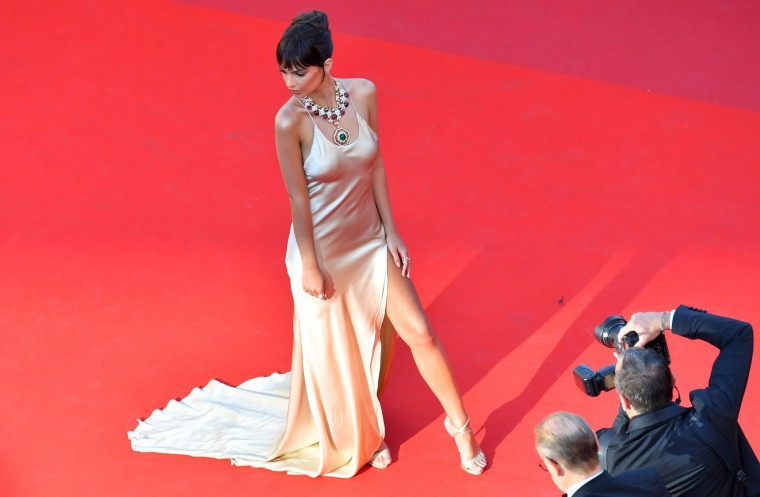 US actress and model Emily Ratajkowski poses as she arrives on May 17, 2017 for the screening of the film 'Ismael's Ghosts' (Les Fantomes d'Ismael) during the opening ceremony of the 70th edition of the Cannes Film Festival in Cannes, southern France. (Loic Venance/AFP/Getty Images)