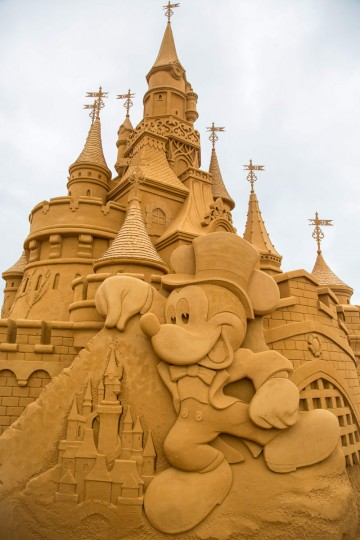 Sand sculptures representing characters and scenes of Disney movies during an exhibition Disney Sand Magic in Ostende, on June 29, 2017. (AFP Photo/ Aurore Belot)
