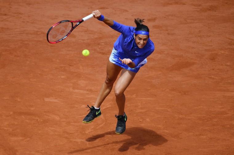 France's Caroline Garcia serves to Czech Republic's Karolina Pliskova during their tennis match at the Roland Garros 2017 French Open on June 7, 2017 in Paris. (Francois Xavier Marit/AFP/Getty Images)