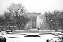 Dupont_circle_snowfall