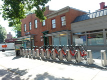 20130531_bike_share_at__7_eleven