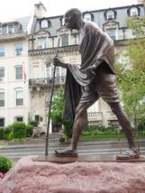 20130603_statue_of_gandhi