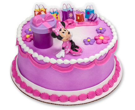How-To Make a Minnie Mouse Birthday Cake