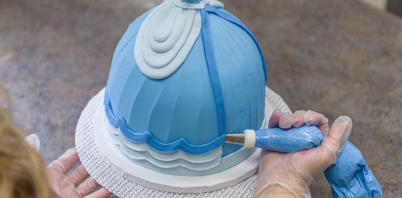 Cinderella Doll Cake Dress Details