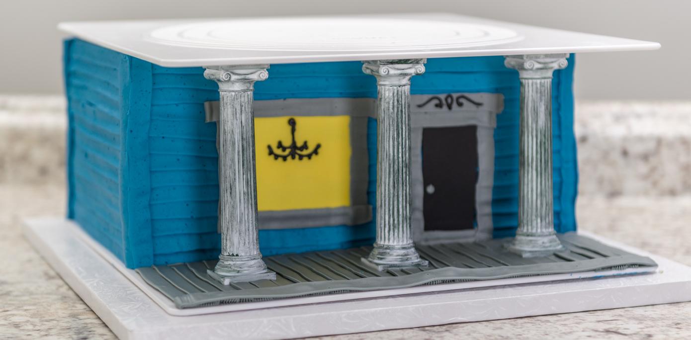 Haunted House Cake Pillars