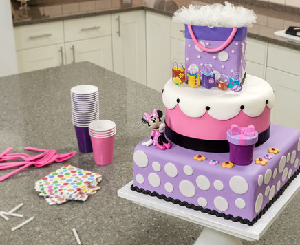 How-To Make a 3-Tier Minnie Mouse Sweet & Stylish Birthday Cake