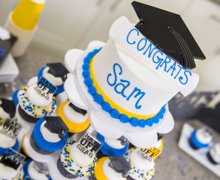 How-To Make a Graduation Party Cupcake Stand and Cake