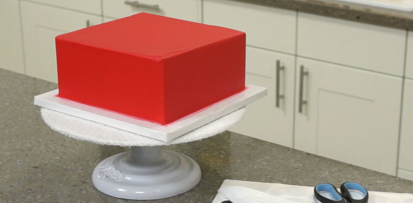 how to make red icing for a cake