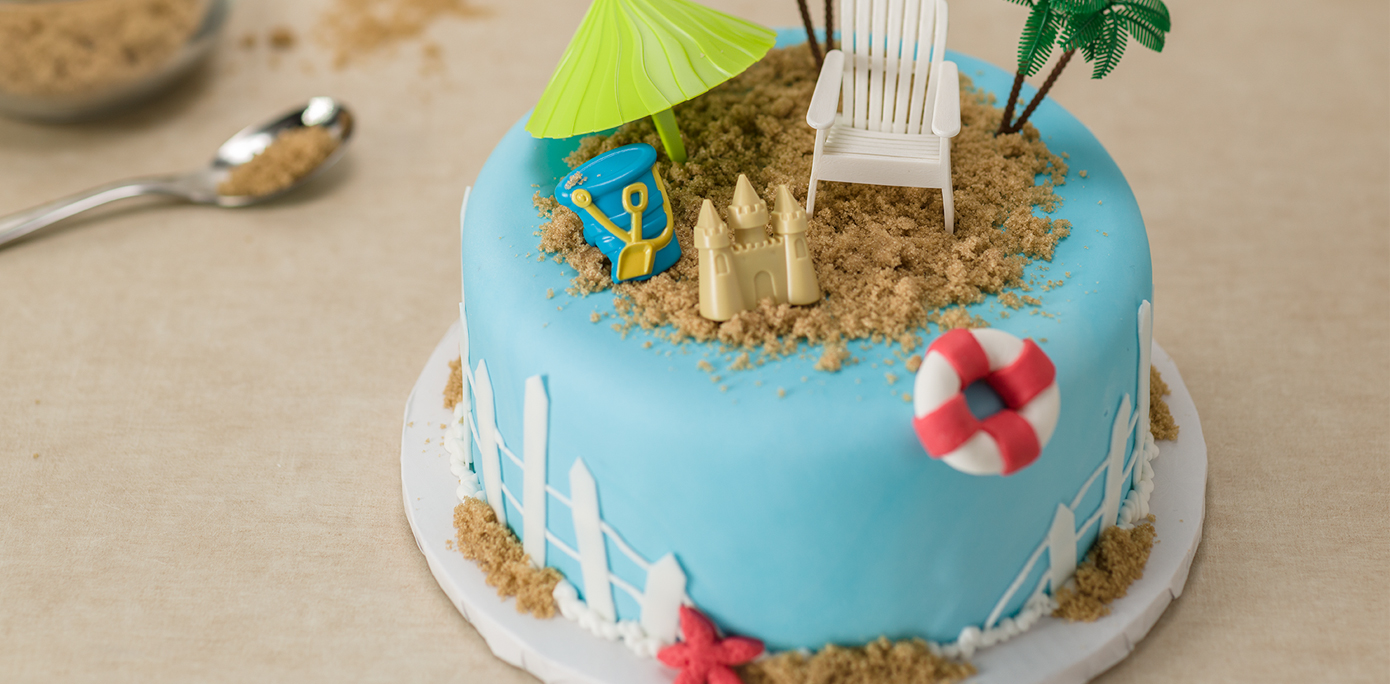 Cake Decorating Ideas Summer : How-To Make a Summer Beach Party Cake - Cakes.com