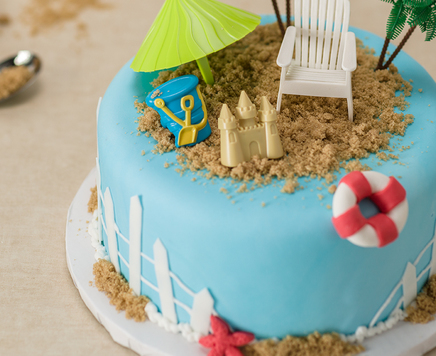 How-To Make a Summer Beach Party Cake
