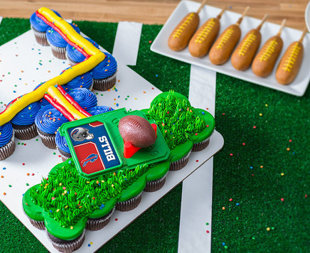 How-To Make an NFL Goal Post Pull-Apart Cupcake Cake
